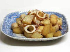 イカと大根と里芋の煮物